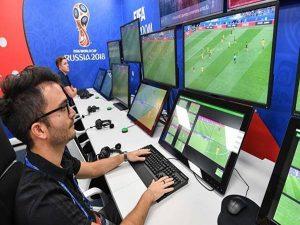 Công nghệ VAR trong bóng đá? Trường hợp nào được sử dụng?