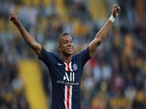 Tin chiều 17/8: PSG muốn Mbappe gia hạn hợp đồng mới