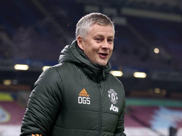 Tin bóng đá 18/1: Man United hòa Liverpool nối dài mạch trận bất bại