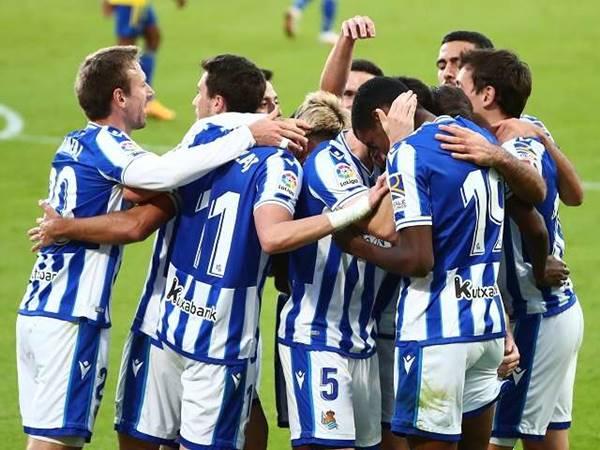 Dự đoán kèo Châu Á Eibar vs Real Sociedad (2h00 ngày 27/4)