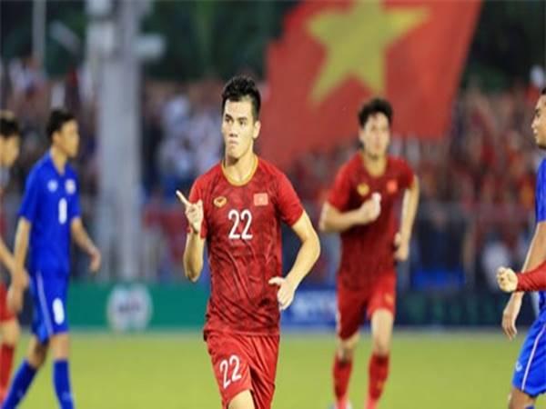 Tin bóng đá 23/8: Tiến Linh sẽ nặng gánh trên hàng công tuyển Việt Nam